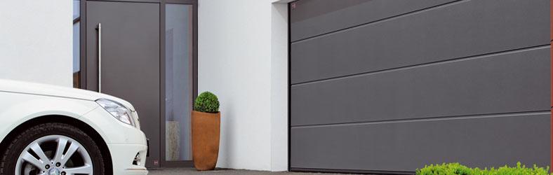 Tore für Garagen und Hallen
